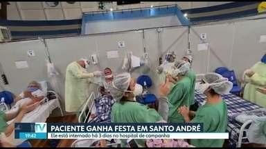 Paciente ganha festa de aniversário no hospital de campanha de Santo André - Ele está internado há 3 dias no hospital de campanha.
