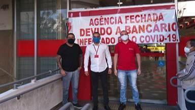Sindicato dos Bancários paralisa atividades de agência em Suzano - Segundo o sindicato uma funcionária do local está contaminada com o novo coronavírus.