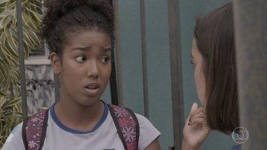 Jeniffer mente para Wesley para sair com Cascudo - Janaína repreende a amiga