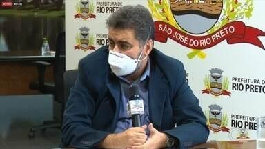 Rio Preto tem queda no número de pessoas internadas com síndrome respiratórias - São José do Rio Preto (SP) registrou queda no número de pessoas internadas com síndrome respiratórias. No entanto, o município confirmou a 17ª morte por Covid-19.