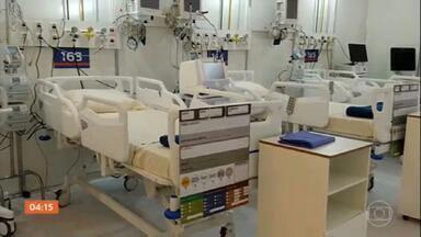 RJ registra 227 mortes em apenas 24 horas; vários hospitais de campanha ainda não abriram - Sem encontrar vaga, taxista morre aos 56 anos. Sete hospitais de campanha ainda não estão funcionando.