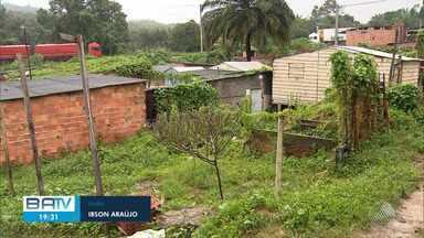 Rachaduras em Barragem do Macacos preocupa moradores, que protestara nesta quinta - Marinha e Inema falam que não existe risco de rompimento.