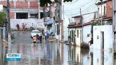 Comunidade do Largo do Aparecida sofre com consequências das chuvas - Comunidade do Largo do Aparecida sofre com consequências das chuvas.