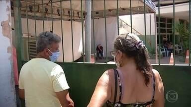 Hospital de Marabá, no sudeste do Pará, não tem vagas - O avanço da Covid-19 para centros urbanos menores tem evidenciado a deficiência do sistema de saúde pública. Marabá registrou 400 casos confirmados de coronavírus, com 61 mortes.