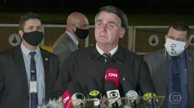 Bolsonaro critica sistema de informações e revela que tem sistema particular que funciona - Na noite desta sexta (22), o presidente tentou explicar do que se trata esse serviço particular de informações.