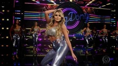 Reveja momentos marcantes da bailarina Natacha Horana - A paulista de Jundiaí encanta no palco do Domingão