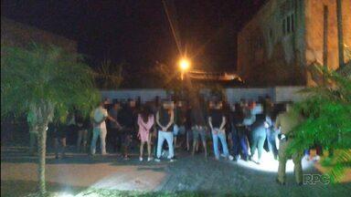 Festa clandestina em Matinhos - O casal que organizou a balada está preso.
