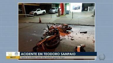 Motocicleta pega fogo após batida em Teodoro Sampaio - Fim de semana registrou vários acidentes do Oeste Paulista.