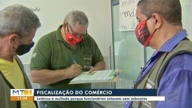 Prefeitura de Cuiabá fiscaliza comércio e encontra funcionários que estavam sem máscaras - Prefeitura de Cuiabá fiscaliza comércio e encontra funcionários que estavam sem máscaras.
