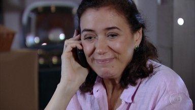 Griselda nega convite de René para jantar no Le Velmont - Ela diz que está muito cansada e que não quer mais confusão com Tereza Cristina
