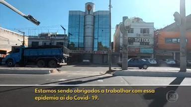 Milícias proíbem comerciantes do Rio de fecharem negócios - Os bandidos querem manter a extorsão em dia, que é o pagamento obrigatório que os comerciantes têm que fazer para as quadrilhas.