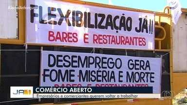 Comerciantes pedem cobram reabertura de bares e restaurantes em Goiânia - Eles alegam que estão acumulando prejuízos com a pandemia do coronavírus.
