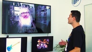 Pedro Leonardo conhece um colecionador apaixonado por rock! - Com cerca de 10 mil CD's, o baterista de Rio Claro (SP) mostrou os maiores sucessos que tem guardados na sua casa.