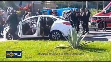 PM mata quatro suspeitos em Charitas, Niterói - A Polícia matou quatro homens num tiroteio em Charitas, Niterói. Segundo a Polícia Militar, todos eram suspeitos.