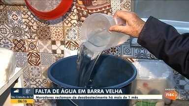 Moradores de Barra Velha afirmam estar sem água há mais de um mês - Moradores de Barra Velha afirmam estar sem água há mais de um mês