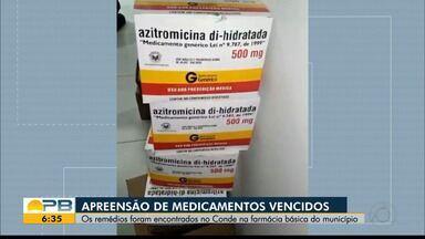 Medicamentos vencidos são apreendidos em farmácia da prefeitura do Conde - Ação também aconteceu em uma sala locada pelo município. Medicamentos venceram em maio deste ano, diz MP. Prefeitura informou que o material havia sido separado para descarte.