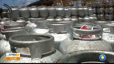 Sindicato anuncia aumento do botijão de gás - Botijão de gás de cozinha deverá custar entre R$ 75 e R$ 80.
