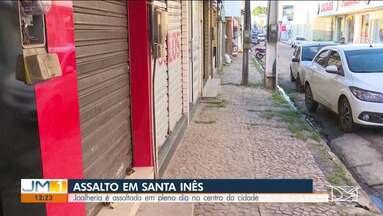 Polícia Civil de Santa Inês procura bandido que assaltou joalheria no Centro da cidade - Caso ocorreu em plena luz do dia.