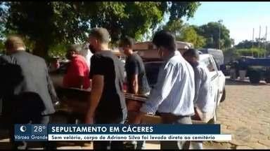Corpo do presidente da Fapemat, morto por suspeita de Covid-19, é sepultado em Cáceres - Corpo do presidente da Fapemat, morto por suspeita de Covid-19, é sepultado em Cáceres
