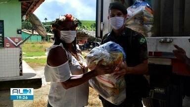 Exército conclui entrega de 61 toneladas de alimentos - Doações foram entregues para famílias indígenas de Alagoas.
