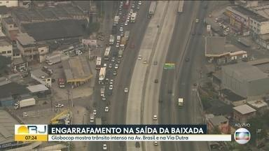 Avenida Brasil e Via Dutra apresentam trânsito lento nesta terça (9) - Veja como está o trânsito na Avenida Brasil e Via Dutra na manhã desta terça (9).