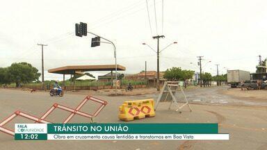 Obra em cruzamento no bairro União causa lentidão e transtornos para motoristas - Em horário de pico, o local fica um caos.