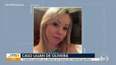 Polícia pericia caldeira onde mulher morta ao chegar da Colômbia foi carbonizada - Dois homens estão presos.