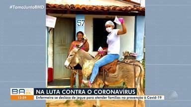 Enfermeira se desloca de jegue para atender famílias na área rural de Boa Vista do Tupim - Para driblar acesso difícil e condições da estrada durante o período chuvoso, Monaliza Oliveira utiliza jegue e moto para agilizar o atendimento às famílias.