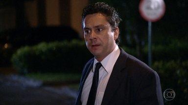 Baltazar critica Griselda para Celeste - Celeste fala que gostaria de ter visto o que Griselda aprontou na casa de Tereza Cristina