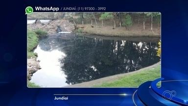 Moradores voltam a registrar água escura no lago do Parque Botânico em Jundiaí - O lago do Parque Botânico do Jardim Tulipas, em Jundiaí (SP), novamente está escuro e poluído. Quem caminhava pelo local na manhã desta quinta-feira (18) registrou a cena.