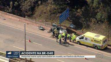 Motorista morre após carro bater em mureta, na BR-040, em Nova Lima - Acidente aconteceu na altura do Viaduto da Mutuca. A pista sentido Belo Horizonte chegou a ficar interditada para que o helicóptero dos Bombeiros fizesse o resgate, mas homem morreu ainda no local.