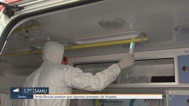 Ambulâncias passam por rigoroso processo de limpeza em Santos - Processo de desinfecção é feito diariamente em ambulâncias do Samu.