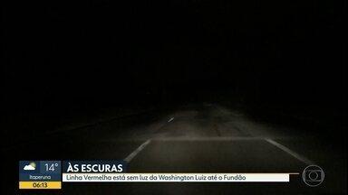 Trânsito pelas câmeras da Cet-Rio - Câmeras da Cet-Rio mostram como está o trânsito na cidade e um flagrante de flat de luz na linha vermelha. câmeras da Avenida Brasil ( 2 pontos ) Linha Vermelha , ponte Rio Niterói