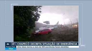Chapecó decreta situação de emergência após fortes ventos; uma idosa morreu - Chapecó decreta situação de emergência após fortes ventos; uma idosa morreu