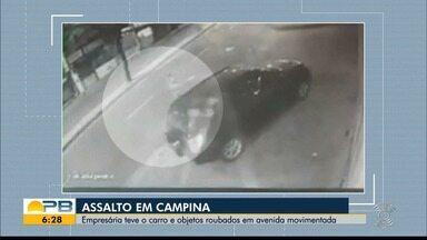 Empresária tem carro e objetos roubados em avenida movimentada de Campina Grande - Ação foi flagrada por imagens de circuito de segurança.