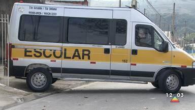 Motoristas de transporte escolar relatam dificuldades com a suspensão das aulas - Integrantes da classe passam por dificuldades devido ao coronavírus