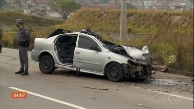 Três acidentes em sequência causam três mortes em Mauá, na Grande SP - Sete veículos se envolveram nas batidas.
