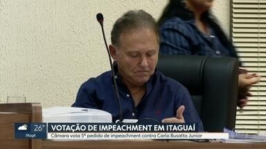 Câmara de Itaguaí vota nesta quinta (9) pedido de impeachment de Carlos Busatto Junior - É a quinta vez que o impedimento do prefeito de Itaguaí vai à votação na casa. Ele é suspeito de irregularidades na contratação de uma empresa para a coleta de lixo.