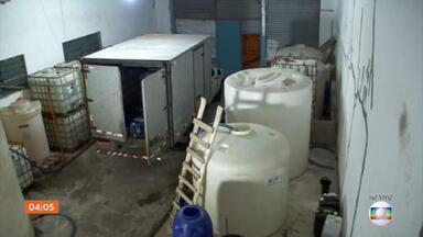 Polícia de SP fecha quinto galpão com carga desviada de hipoclorito de sódio - O produto teria como destino a Sabesp.