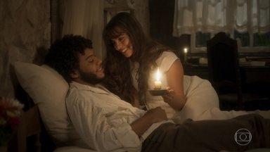 Libério e Cecília conversam sobre o casamento - Eles confessam um ao outro que nunca estiveram tão felizes
