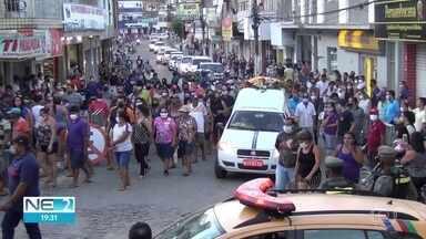 Ex-presidente da Câmara dos Deputados Severino Cavalcanti é enterrado em João Alfredo - Ex-parlamentar morreu no Recife, na madrugada desta quarta (15)
