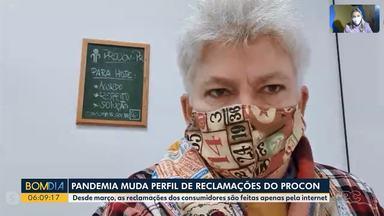 Pandemia muda perfil de reclamações no Procon - Desde março, as reclamações dos consumidores são feitas apenas pela internet.