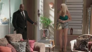 Maristela invade a casa de Florisval - Depiladora promete continuar infernizando a vida do ex-namorado