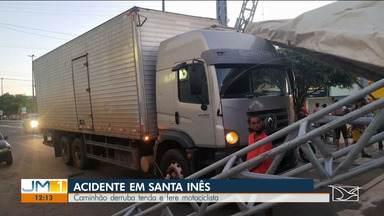 Uma pessoa fica ferida durante acidente em Santa Inês - Caminhão derrubou uma das tendas que é usada para abrigar beneficiários do auxílio emergencial.