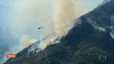 Combate a incêndio na Serra da Mantiqueira entra no sexto dia - Região fica na divisa entre MG e SP.