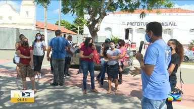 Professores realizam protesto em Pindaré Mirim - Eles reivindicam o pagamento de precátórios, férias e melhorias na infraestrutura das escolas do município.