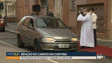 Igrejas fazem bênção de carros em dia de São Cristóvão - Além da bênção, igreja no Guabirotuba tem drive-thru de churrasco.