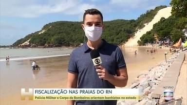 Governo do Rio Grande do Norte aumenta fiscalização nas praias - Polícia Militar e Corpo de Bombeiros orientam banhistas no estado