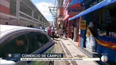 Comércio de Campos continua na fase amarela mas fica movimentado - RJ1 vai às ruas para conferir a movimentação.