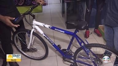 Mudança de rotina por causa da pandemia aumenta vendas de bicicletas - Vendas de bikes cresceram 50% no Brasil em maio e junho, em comparação com o mesmo período em 2019.
